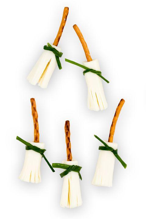 delish-brooms