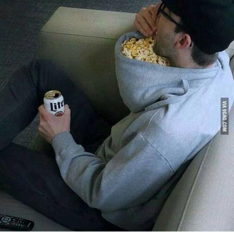 gallery-1444235964-popcorn-hoodie.jpg?re