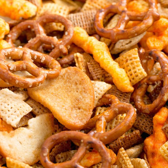 delish-slow-cooker-chex-mix
