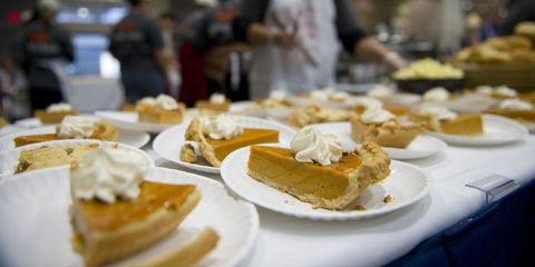 Food, Finger food, Cuisine, Dishware, Ingredient, Serveware, Plate, Dish, Tableware, Culinary art,