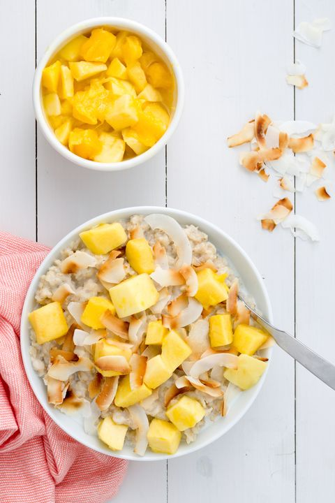 delish-oatmeal-mango-pineapple