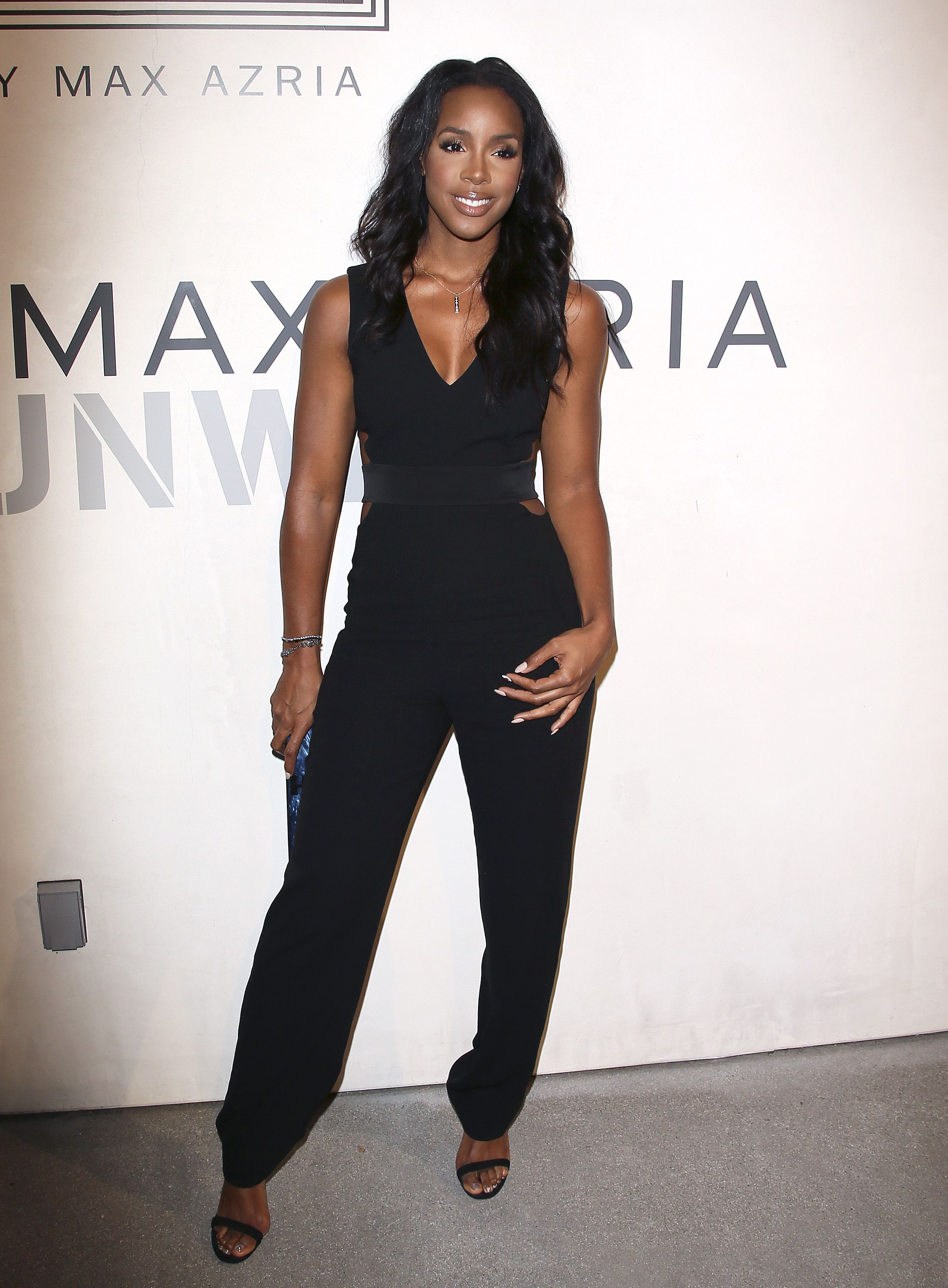 Watch Kelly Rowland video
