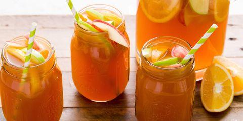 delish-apple-cider-sangria