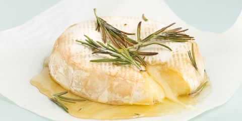Baked Brie with Honey and Rosemary