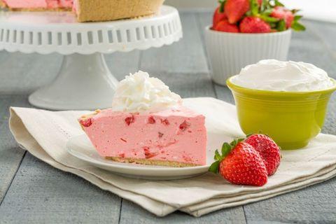 Strawberry Milkshake Pie