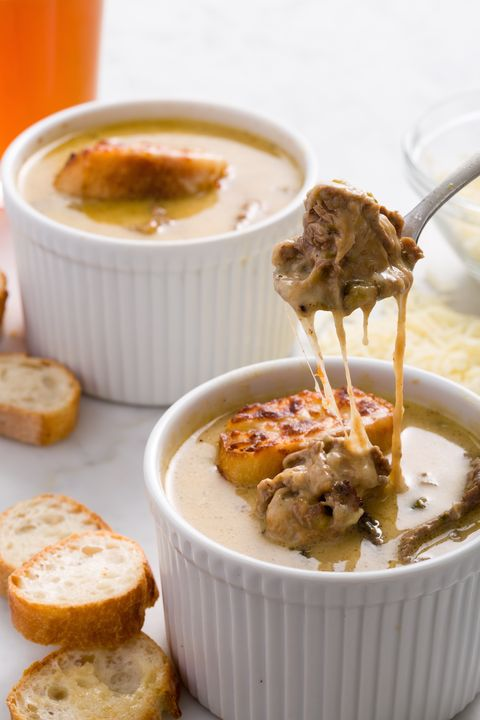 delish-philly-cheesesteak-soup