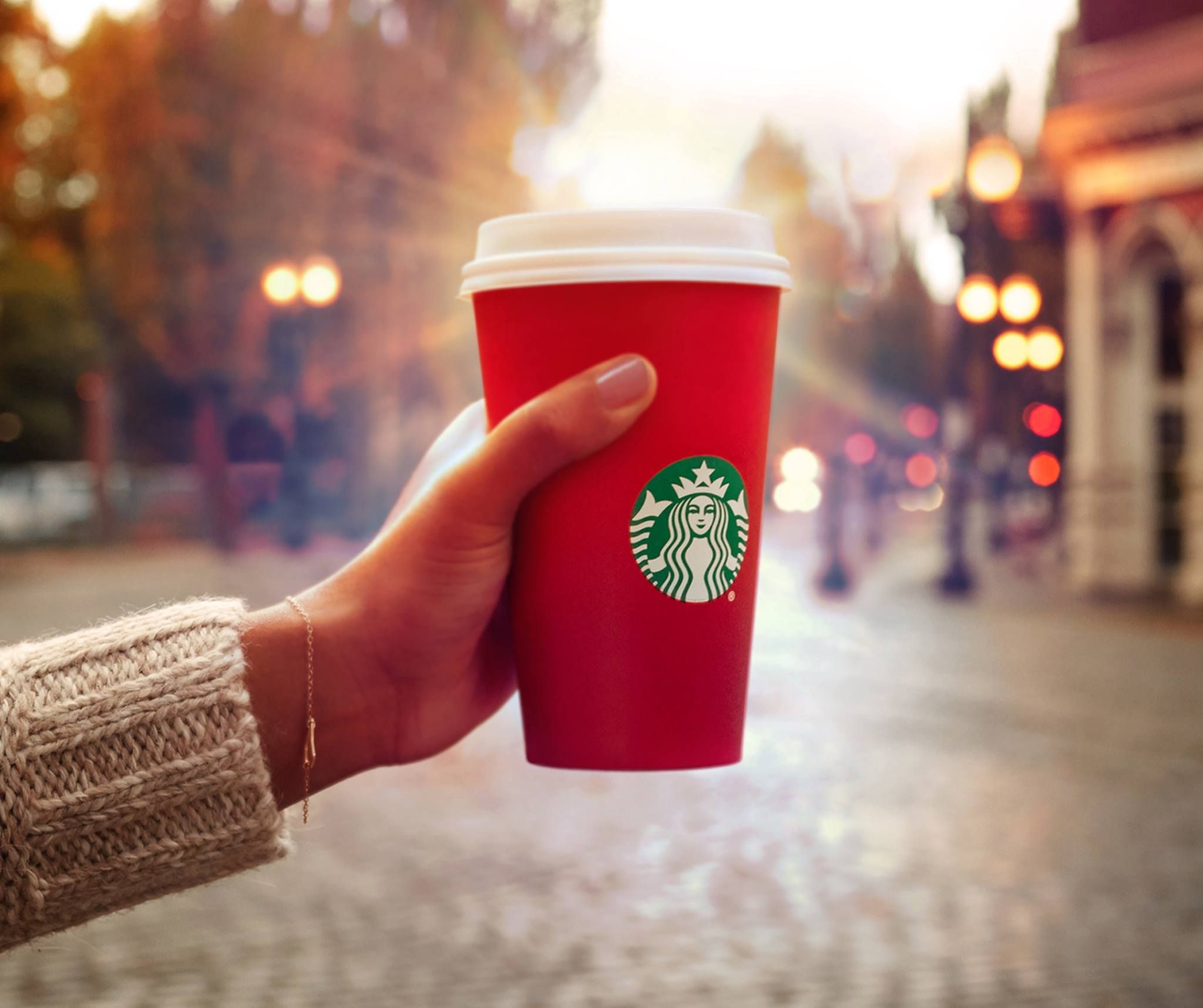 How to Score Free Starbucks Coffee and Tea in January – Use This ...