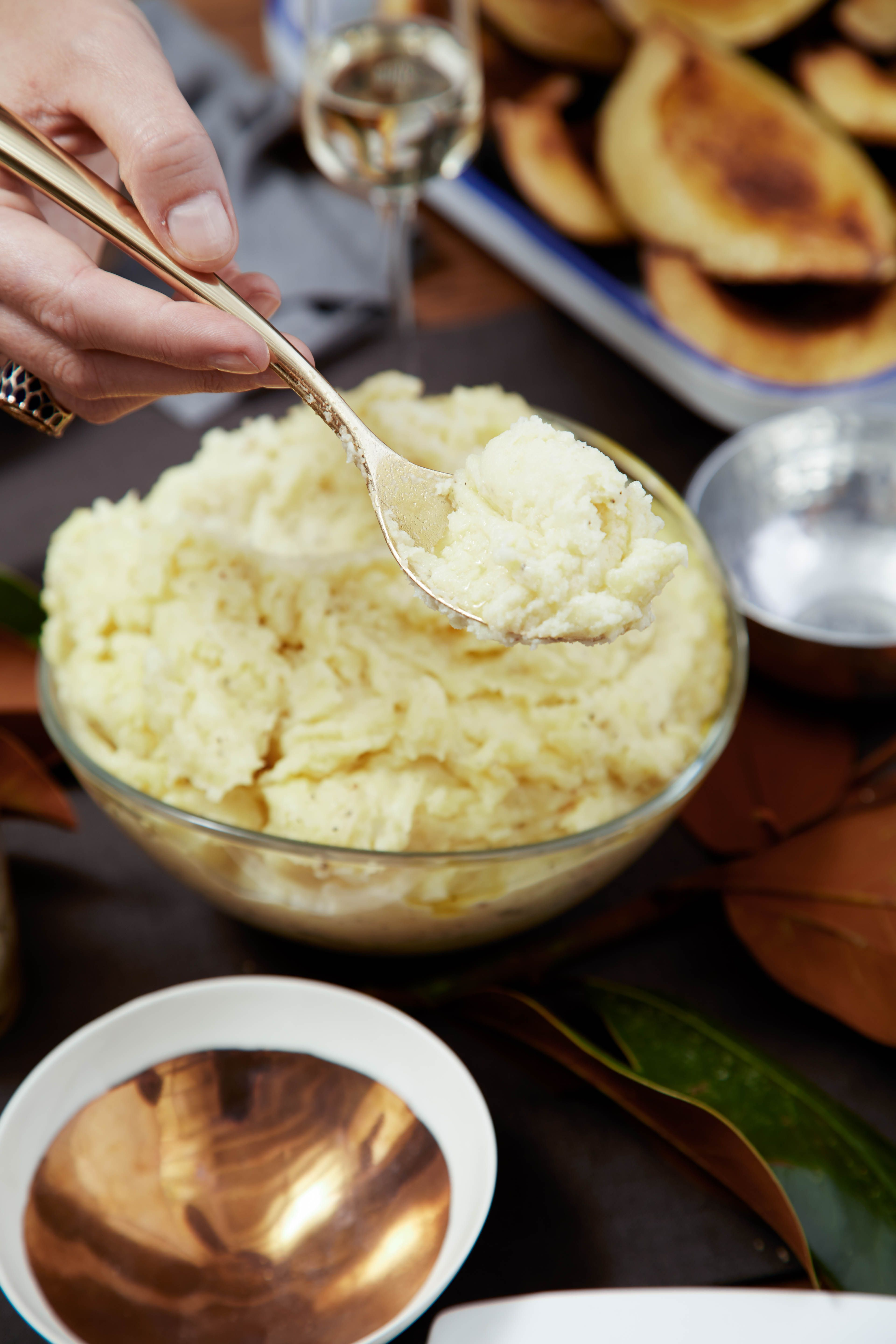 Three-Cheese-Mashed Potatoes Table
