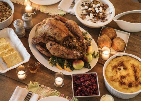 Food, Cuisine, Serveware, Meal, Dishware, Tableware, Dish, Ingredient, Plate, Recipe,