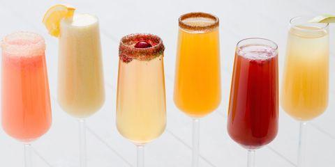 delish-holiday-mimosas