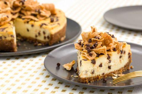 delish-cheesecake-cannoli