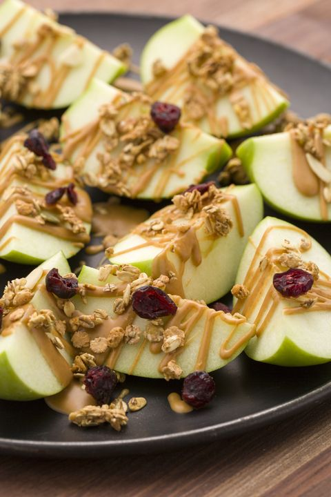 delish-peaut-butter-apple-nachos