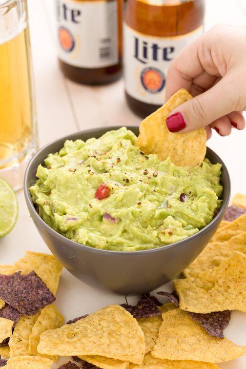 delish-guacamole-2