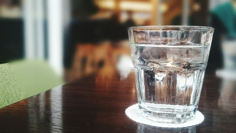 Drinkware, Glass, Liquid, Barware, Fluid, Tableware, Transparent material, Highball glass, Hardwood, Tumbler,
