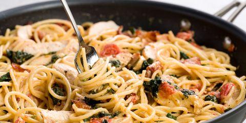 sundried-tomatoes-sausage-spaghetti