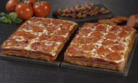 Food, Cuisine, Baked goods, Ingredient, Dish, Tomato, Plum tomato, Bush tomato, Whole food, Finger food,