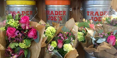 Petal, Flower, Pink, Purple, Floristry, Bouquet, Flower Arranging, Cut flowers, Floral design, Annual plant,