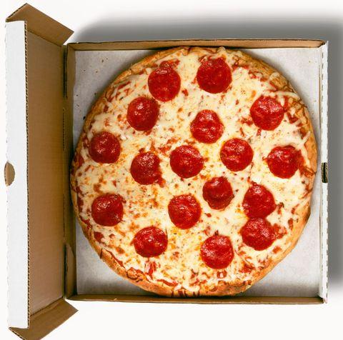 delish-pepperoni-pizza