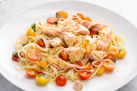garlicky angel hair with salmon and tomatoes