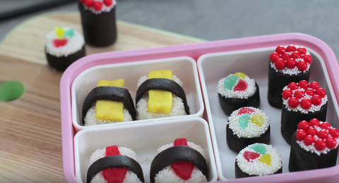 Recipe video for My Cupcake Addiction's no-bake oreo candy sushi.