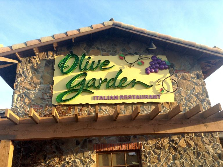 Things you need to know before eating at olive garden - Olive garden online reservations ...