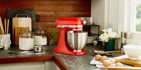 What You Should Know Before Buying A KitchenAid Stand Mixer ...