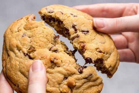 copycat levain bakery cookies