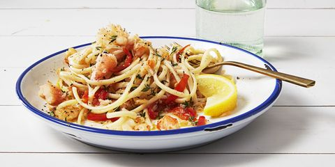 Food, Lemon, Cuisine, Tableware, Ingredient, Dishware, Citrus, Plate, Fruit, Produce,