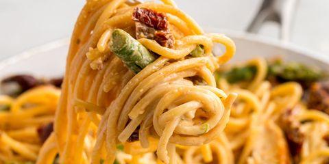 Asparagus, Sundried Tomato, and Chicken Spaghetti