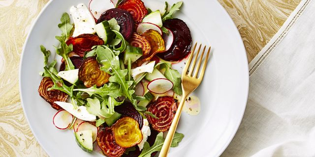 Food, Dishware, Ingredient, Tableware, Serveware, Leaf vegetable, Produce, Vegetable, Garnish, Kitchen utensil,