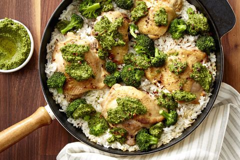 delish-broccoli-pesto-chicken