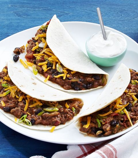 delish-ground-beef-tacos