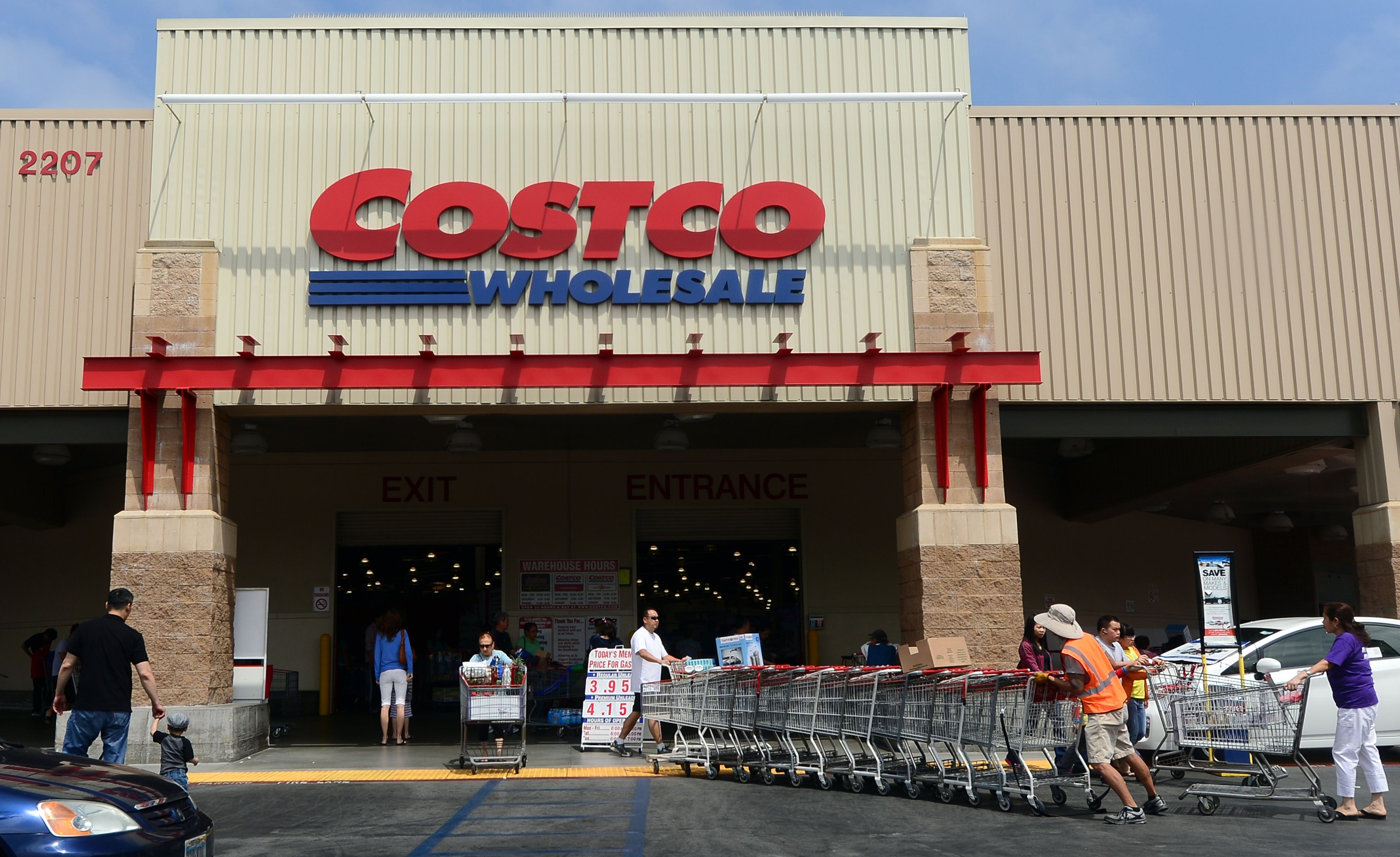 9 Things Costco Employees Want You To Know