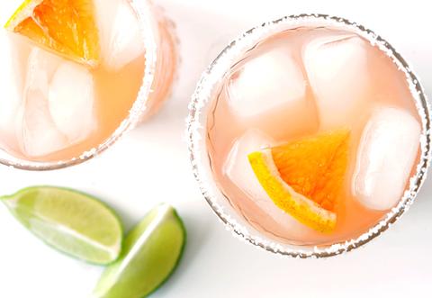 Fruit, Citrus, Orange, Ingredient, Lemon, Food, Drink, Amber, Produce, Flowering plant,