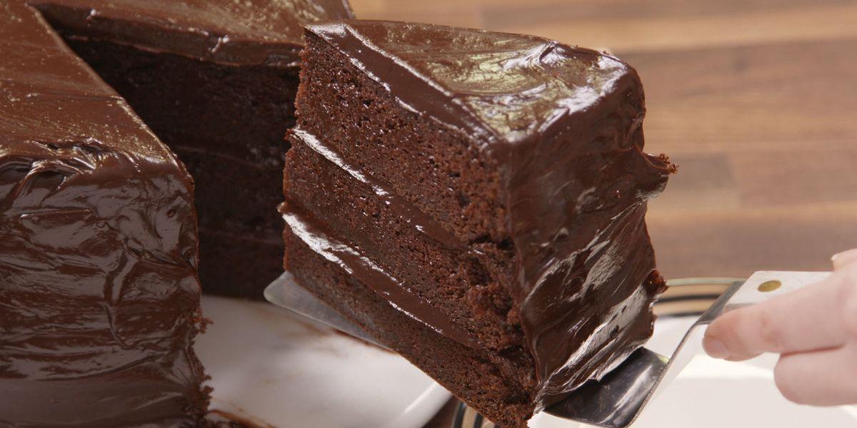 Matilda Inspired Chocolate Fudge Cake Best Bruce Bogtrotter Cake Delish Com