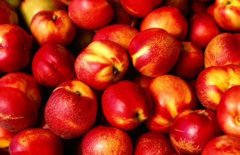 Natural foods, Local food, Fruit, Food, Apple, Plant, Nectarine, Nectarines, Superfood, European plum,
