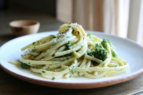Cheesy Parsley Pesto Bucatini with Broccoli