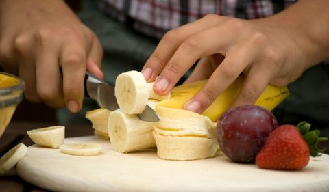 this the coolest way to slice bananas