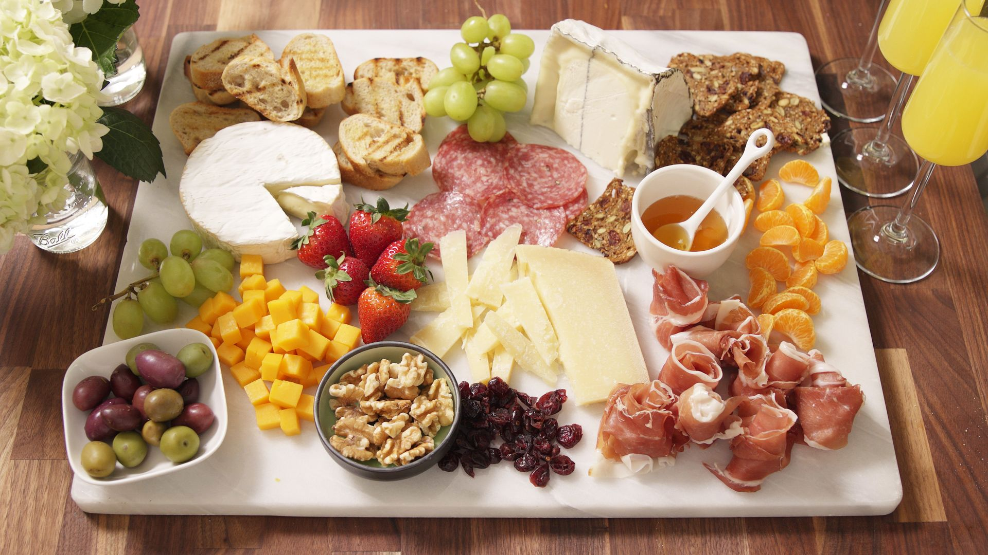 & The Ultimate Cheese Platter Will Win Every Party For Eternity