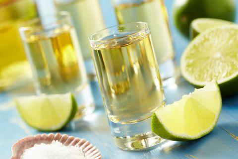 Liquid, Fluid, Green, Lemon, Citrus, Drink, Fruit, Ingredient, Drinkware, Tableware,