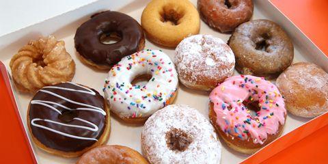 Dish, Food, Cuisine, Doughnut, Baked goods, Ciambella, Cider doughnut, Bagel, Pączki, Glaze,