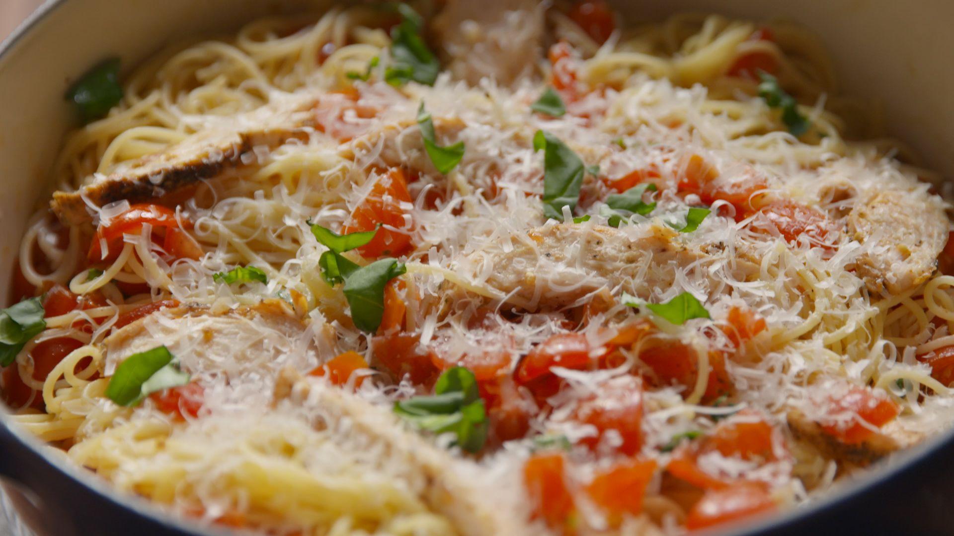 Best Bruschetta Chicken Pasta Recipe How To Make Bruschetta
