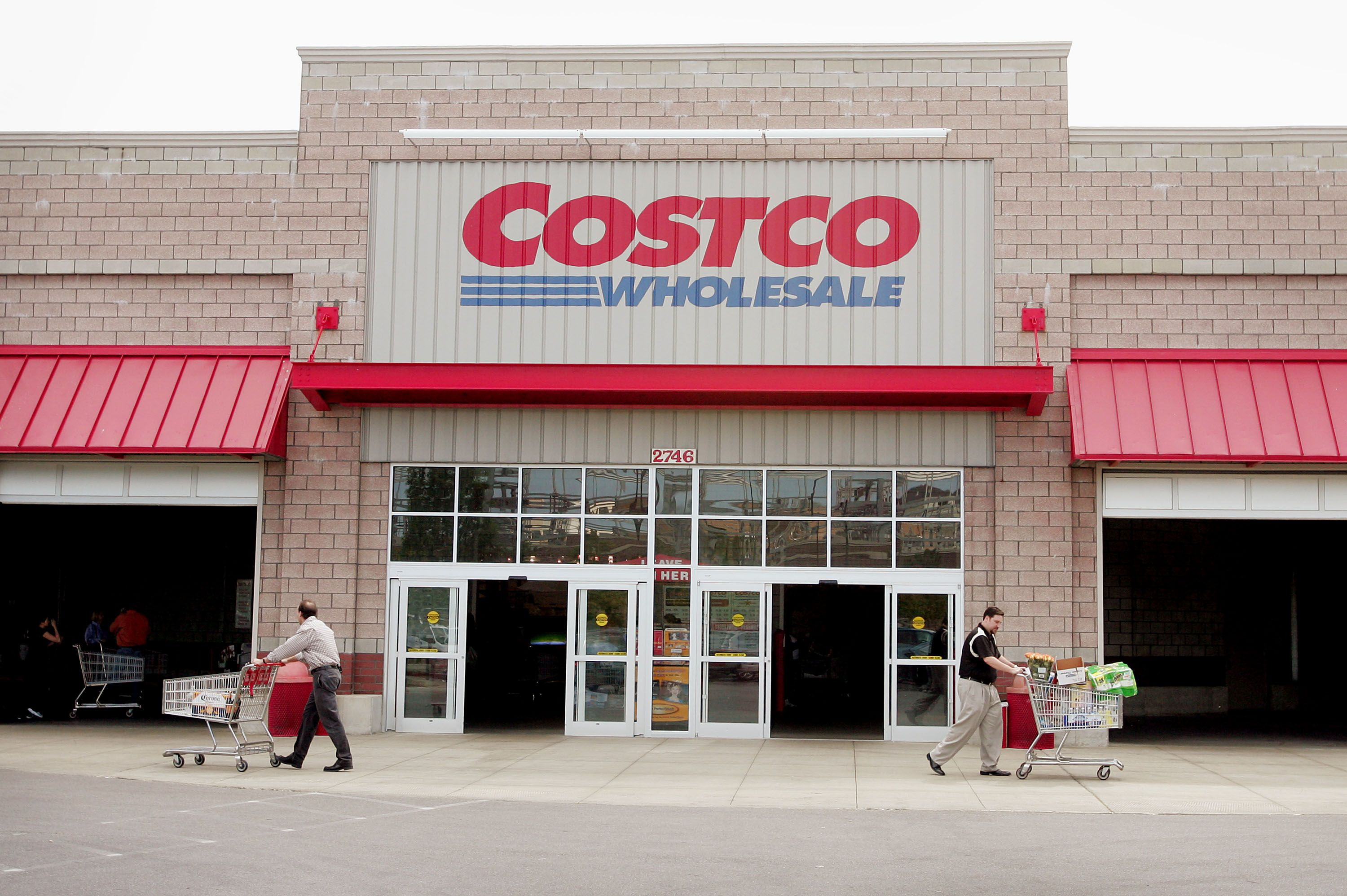 Costco In Michigan Map.Things You Should Know Before Buying A Costco Cake Delish Com