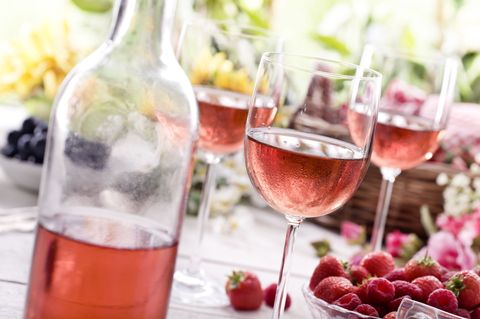 Glass, Liquid, Stemware, Drinkware, Fluid, Drink, Barware, Wine glass, Alcoholic beverage, Tableware,