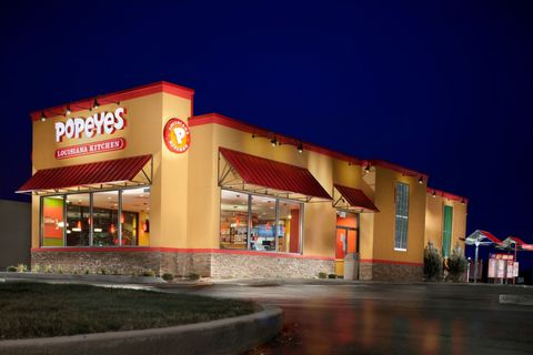 Things You Should Know Before Eating at Popeyes - Delish.com