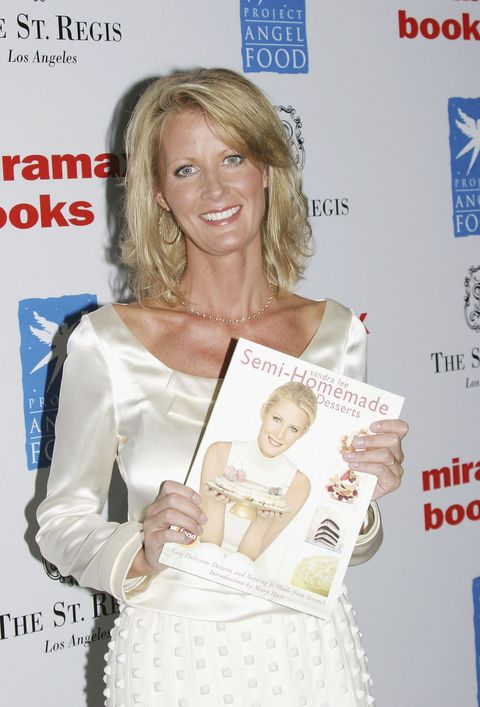 Things You Don't Know About Sandra Lee - How Tall Is Sandra