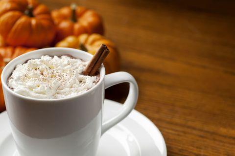 Coffee cup, Cup, Serveware, Drinkware, Wood, Squash, Ingredient, Food, Dishware, Hardwood,