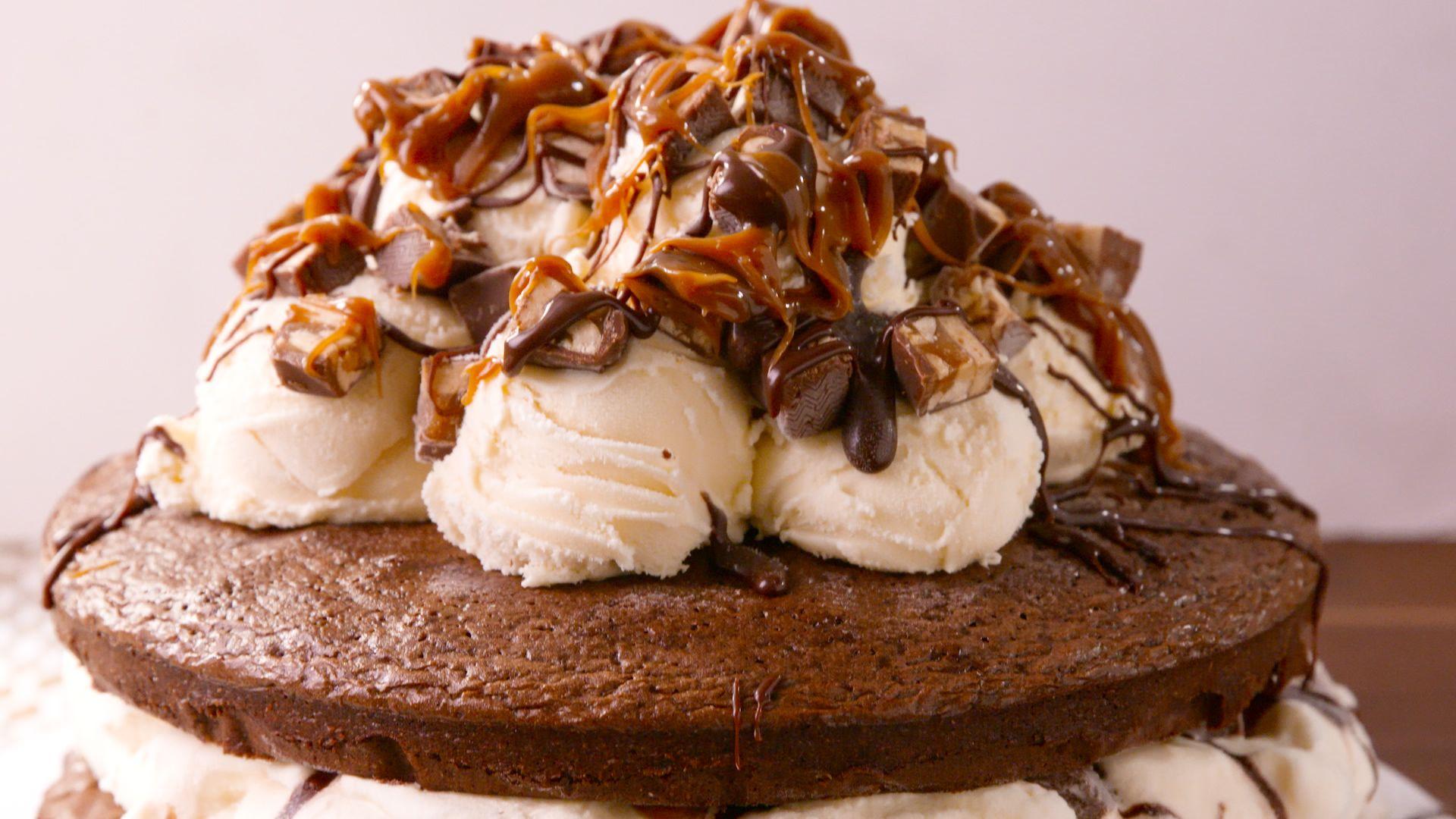 50 Best Ice Cream Cake Recipes How To Make Ice Cream Cake Delishcom