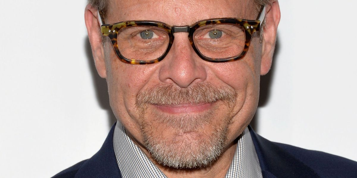things you dont know about alton brown good eats facts delishcom - Alton Brown Christmas Soup
