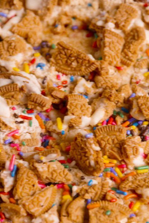 55 Dump Cake Recipes Easy Dump Cakes Delish Com
